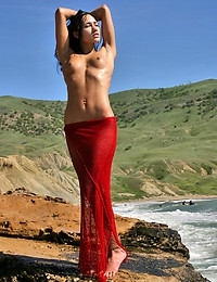 SASHA C  BY MAX_STAN - SIRENS - ORIG. PHOTOS AT 3000 PIXELS - © 2006 MET-ART.COM