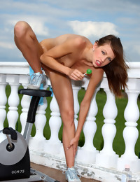 ALS is All Ladies Shaved - ALS Scan Gallery Preview