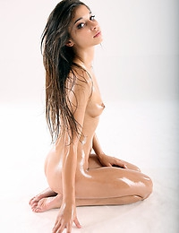 Oil - FREE PHOTO PREVIEW - WATCH4BEAUTY erotic art magazine