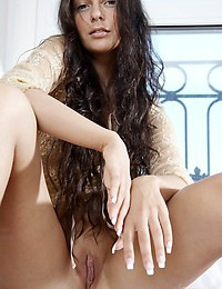 INTIMATE MOMENT - FREE PRETTY4EVER PHOTO GALLERY - YOUNG RUSSIAN MODELS