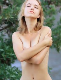 MetArt - Rachel Blau BY Angela Linin - METTERE