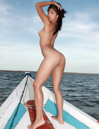 Sea ride - FREE PHOTO PREVIEW - WATCH4BEAUTY erotic art magazine