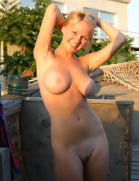 Erotic Beauty - Naturally Beautiful Non-professional Nudes