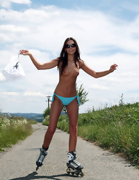 Roller skating - FREE PHOTO AND Movie PREVIEW - WATCH4BEAUTY erotic art magazine