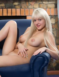 Erotic Beauty - Naturally Pretty Amateur Nudes