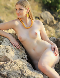 Erotic Beauty - Naturally Gorgeous Non-professional Nudes