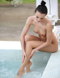 Wine and Tub - FREE PHOTO PREVIEW - WATCH4BEAUTY erotic art magazine