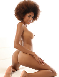 CASTING Luna Corazon - Free preview - WATCH4BEAUTY | Nude Art Magazine