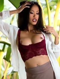 Danika Flores - Free Photo Gallery - Digital Desire