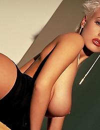 Tara Radovic Short blonde hair hottie showing off her stuff - Digital Desire