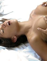Zoe Britton has fun in her bed - Digital Desire