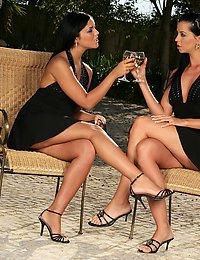 Sari and Lina10