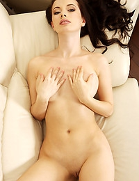 DANA A   BY VORONIN - EXPRESSION - ORIG. PHOTOS AT 4300 PIXELS - © MET-ART FREE GALLERY