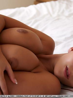 Ero Big Tits pics